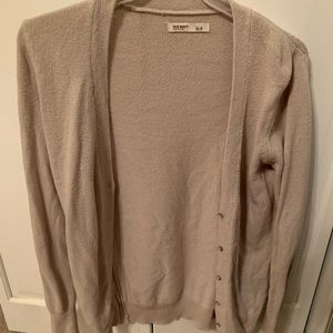 Old navy sweater with buttons